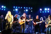 Narozeninový koncert kapely Medy Gang.