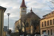 Kostel svatého Jakuba v Hostouni.