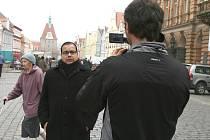 Milan Sulej si den před odjezdem do Bratislavy, kde  ho v neděli čeká boj o postup do finále Talentmanie, prošel tří hodinovým natáčením, které poodhalí jeho soukromí.