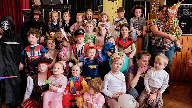 Dětský karneval v Draženově.