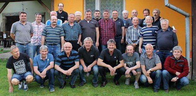 Setkání bývalých hráčů Tatranu Chodov po 30 letech od postupu do divize.