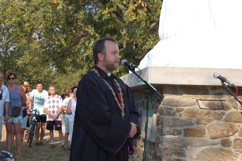 Odhalení památníku na Baldově.