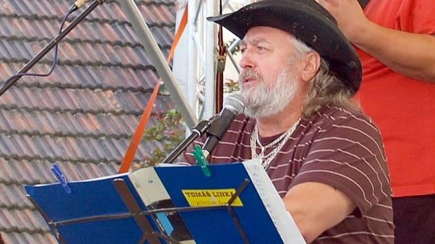 Tomáš Linka posluchače pod Chodským hradem nezklamal.