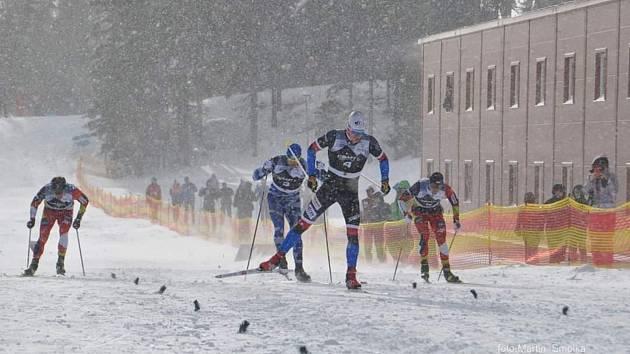 Slavic Cup proměnil běžec na lyžích Šeller ve vítězství ve sprintu a na distančním závodě bral čtvrté místo.