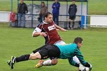 Z utkání fotbalistů TJ Sokol Mrákov B a FK Mířkov.