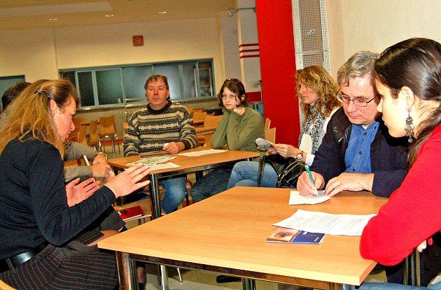 Informativní schůzka v gymnáziu.