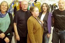 Autoři vystavovaných děl zleva Pia Mühlbauer, Václav Sika, Milada Hynková, Anna Wheill a Michael Rittstein.