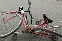 Cyklista mohl být rád, že nedopadl takto. Ilustrační foto.