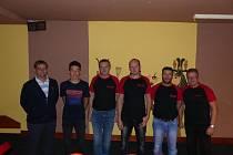 Bowlingáři Welpro jsou zatím jediným týmem, který má v Kdyňské bowlingové lize odehrány již čtyři zápasy. Vybojovali v nich tři body za překvapivé vítězství 3:0 nad Pohodou, zbylé tři duely s Pivoňkami, Ferdasem a Elitexem naopak stejným poměrem prohráli.