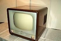 Televizor Mánes.