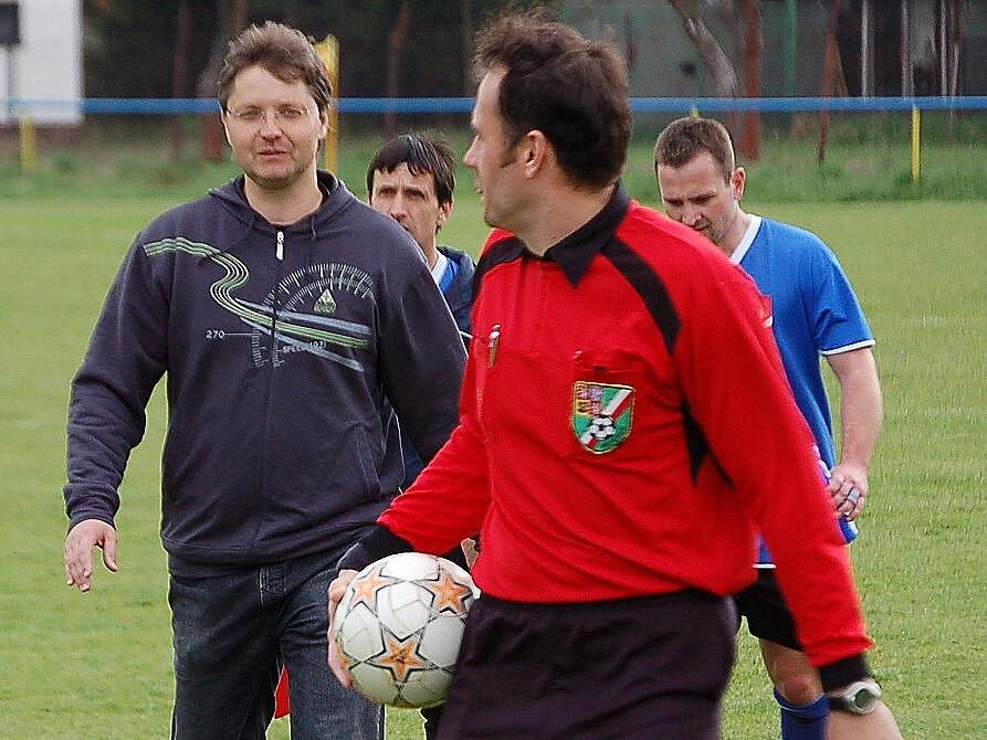 Z utkání fotbalistů FK Staňkov a Tatranu Přimda.