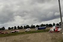 Nehoda u Staňkova zastavila provoz na I/26.