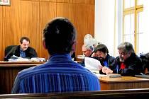 Ze soudního jednání v úterý 22. listopadu 2011.