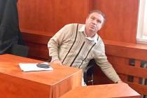 KAREL SLADKÝ u domažlického soudu.