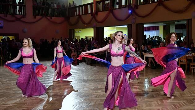 Ze sportovního plesu.