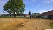 Zvelebování školního statku v Horšově.
