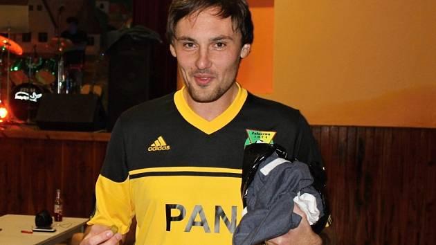 Z dokopné fotbalistů Tlumačova se soudem s podzimními hříšníky, rozlučkou s Michalem Mlezivou a Moby Dickem.