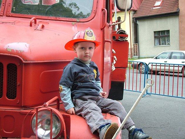 Mladí hasiči v Klenčí už citelně chyběli. Po dlouhé odmlce začínají opět fungovat, aby do budoucna uchovali hasičskou tradici v Klenčí.