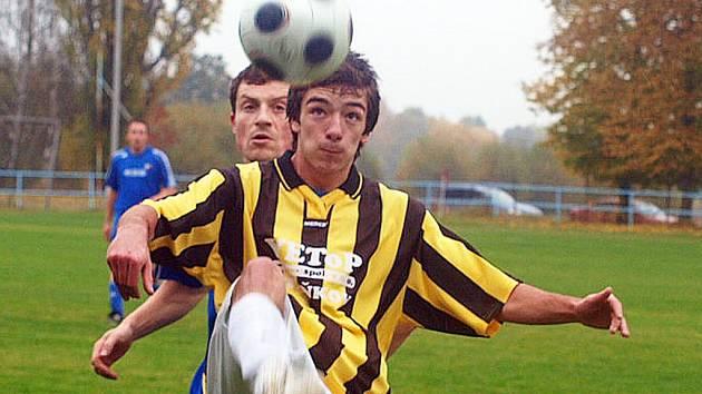 FOTBALISTÉ STAŇKOVA zvládli zápas v Postřekově a porazili dalšího z velkých konkurentů v boji o postup do I. A třídy.