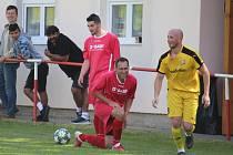 Na kolenou se ocitli fotbalisté Slavoje Koloveč A i B ve 4. kole Podbolfánské ligy. Nestačili na soupeře z Klatovska stejně jako áčko v předchozí přípravě (s Bolešinami 3:4).