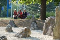 Japonská ZEN zahrada v poběžovickém zámeckém parku.