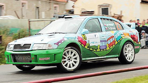 NA DEVÁTÉM MÍSTĚ byl klasifikován M. Plíhal se Škodou Octavia WRC z meclovské stáje Profiko.