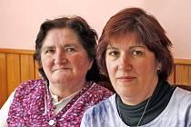 Helena Bílková (74) a její dcera Anna Burešová (51) vzpomínali na to, jak vypadali postřekovské masopusty před léty.