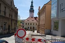 Stavební práce nyní probíhají v centru Domažlic.