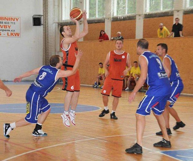 Basketbalisté Jiskry Domažlice B podlehli Holýšovu.