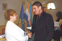 STAROSTA Postřekova Jan Kreuz a gradonačelnica Anamarija Blažević podepsali smlouvu o partnerství.