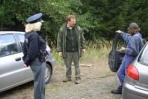 Policisté a lesníci na Domažlicku společně kontrolovali dodržování zákazu vjezdu do lesa