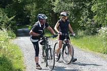 Cyklisté pojedou nádhernou přírodou.
