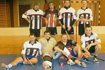 Čtvrtí ve Veteran Cupu byli florbalisté Go Go Hasiči.