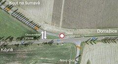 Nové dopravní značení na křižovatce u Kouta.