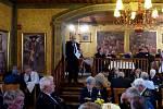 Z JEDNÁNÍ KRAJSKÉHO AKTIVU ZASLOUŽILÝCH HASIČŮ. V sále U Svatého Jána v Trhanově k zástupcům klubů zasloužilých hasičů promluvil také starosta Krajského sdružení hasičů Plzeňského kraje Jan Majer.