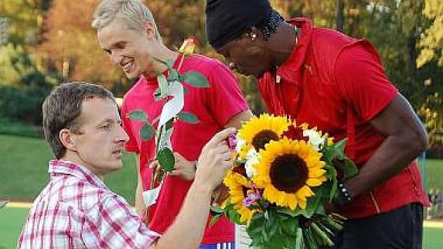 Hlavní hvězdou loňského mítinku Chodská 1500 byl Boltův parťák Lerone Clarke.