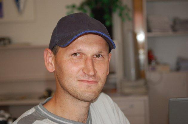 Ve třináctém, posledním kole Tip ligy s patnácti body a správnou trefou vyhrál Miroslav Kopecký ze Stanětic