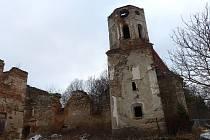 Šitbořská památka, kostel sv. Mikuláše, má už na první pohled svá nejlepší léta za sebou.