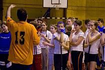 Společný trénink školáků z Poběžovic, Německa a Rakouska.