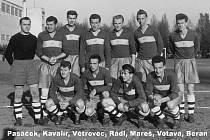 Dva bývalí vynikající hráči domažlické kopané Jiří Rádl a Antonín Fišer v letošním roce oslavili 80. narozeniny.