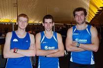 ´MODRÁ LAVINA´ V PRAZE aneb třetí v závodě na 1500 m Ondřej Váchal z Mílařů Domažlice, čtvrtý Radek Veselý a druhý Vlastimil Šroubek, oba z AK Škoda Plzeň.