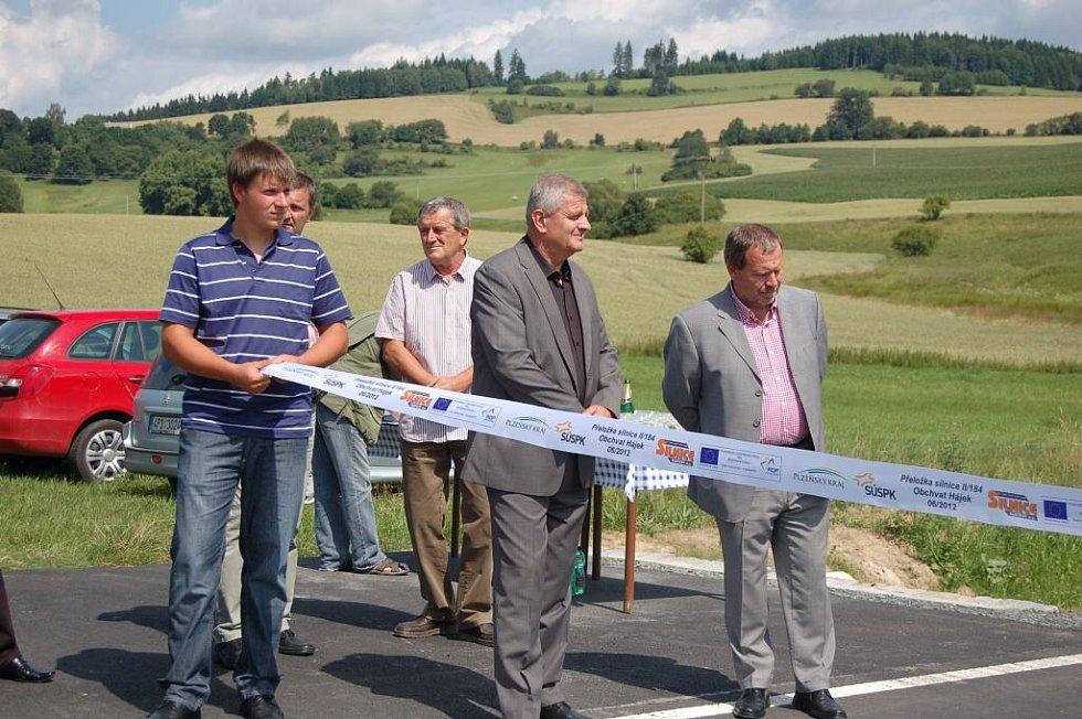Obchvat Hájku byl slavnostně otevřen.