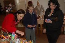 Velikonoční výstava na tvrzi v Puclicích.