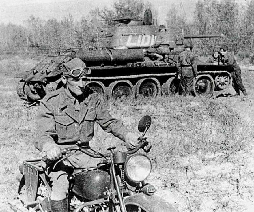 Josef Buršík bojoval na východní frontě.