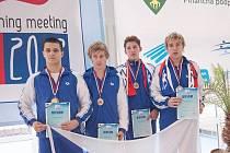 ÚSPĚCH PLAVCŮ V ŽILINĚ. Českou republiku na multiutkání juniorských výběrů středoevropských zemí reprezentovali i odchovanci domažlického plavání Martin Šimáček a Petr Novák (zprava).