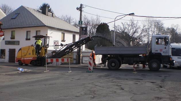 Uzavírka v Chodské ulici v Domažlicích.
