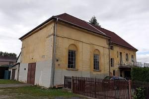 V meclovské synagoze je teď zázemí pro techniku. V budoucnu by tu mohlo být komunitní centrum.