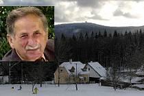 Jakub Ledvina. Jeho portrét jsme záměrně umístili do fotografie s pohledem na Čerchov, který má tak rád. Ten zároveň dokládá, kolik bylo v Caparticích sněhu 14. ledna před třemi lety.