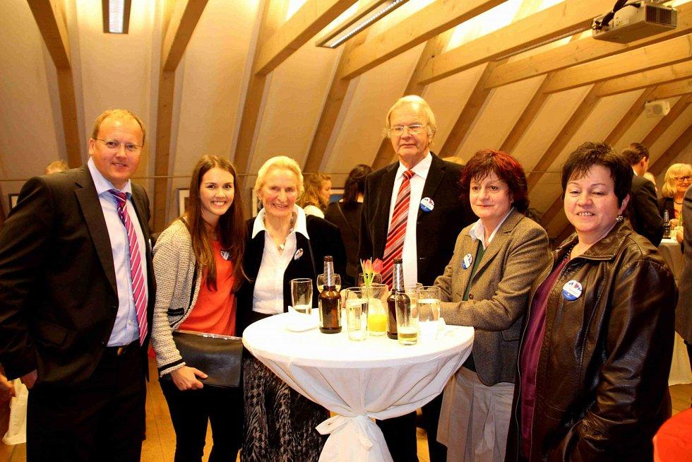 Mezi hosty měl K. Reitmeier také syna bývalého přednosty Okresního úřadu Domažlice Pavla Faschingbauera, a to Hynka Faschingbauera s dcerou.