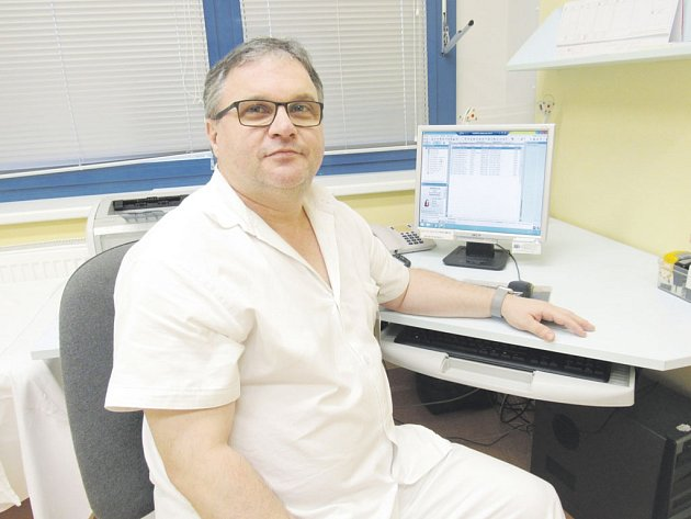 Domažlická nemocnice - primář MUDr. Ladislav Hamadej